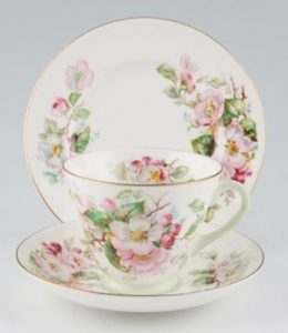 apple-blossom-set-royal-doulton