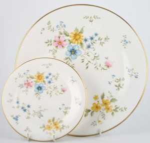 elegy-royal-doulton-bone-china-set