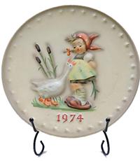1974-hummel-plate