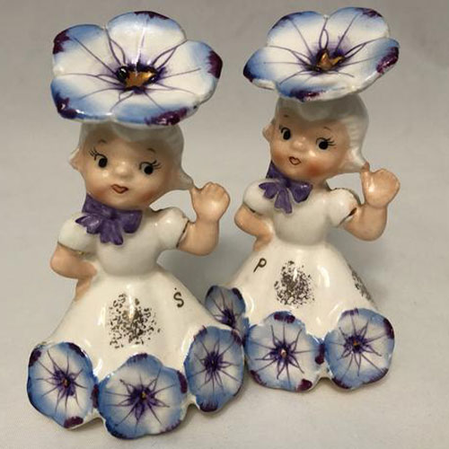 napco-salt-and-pepper-shakers-flower-girls