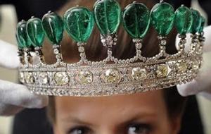 katharinas-tiara-antique