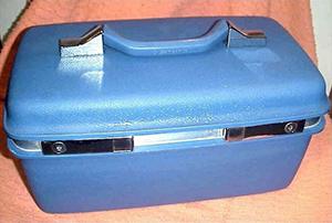 1970s-Blue-Samsonite-Makeup-Case